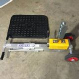 EAZY-LIFT Magnetic Manhole Cover Lifter
